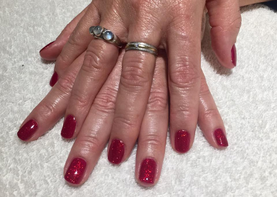 DeVita Beauty & Aesthetics - Gallery - Sparkly Nails